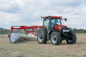 Maxxum 150 tractor with WR 401 Wheel Rake_1010_10-14